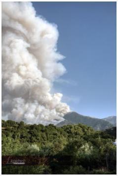 Καίγονται τα χωριά της Άνω Δερόπολης!-Λόγγος